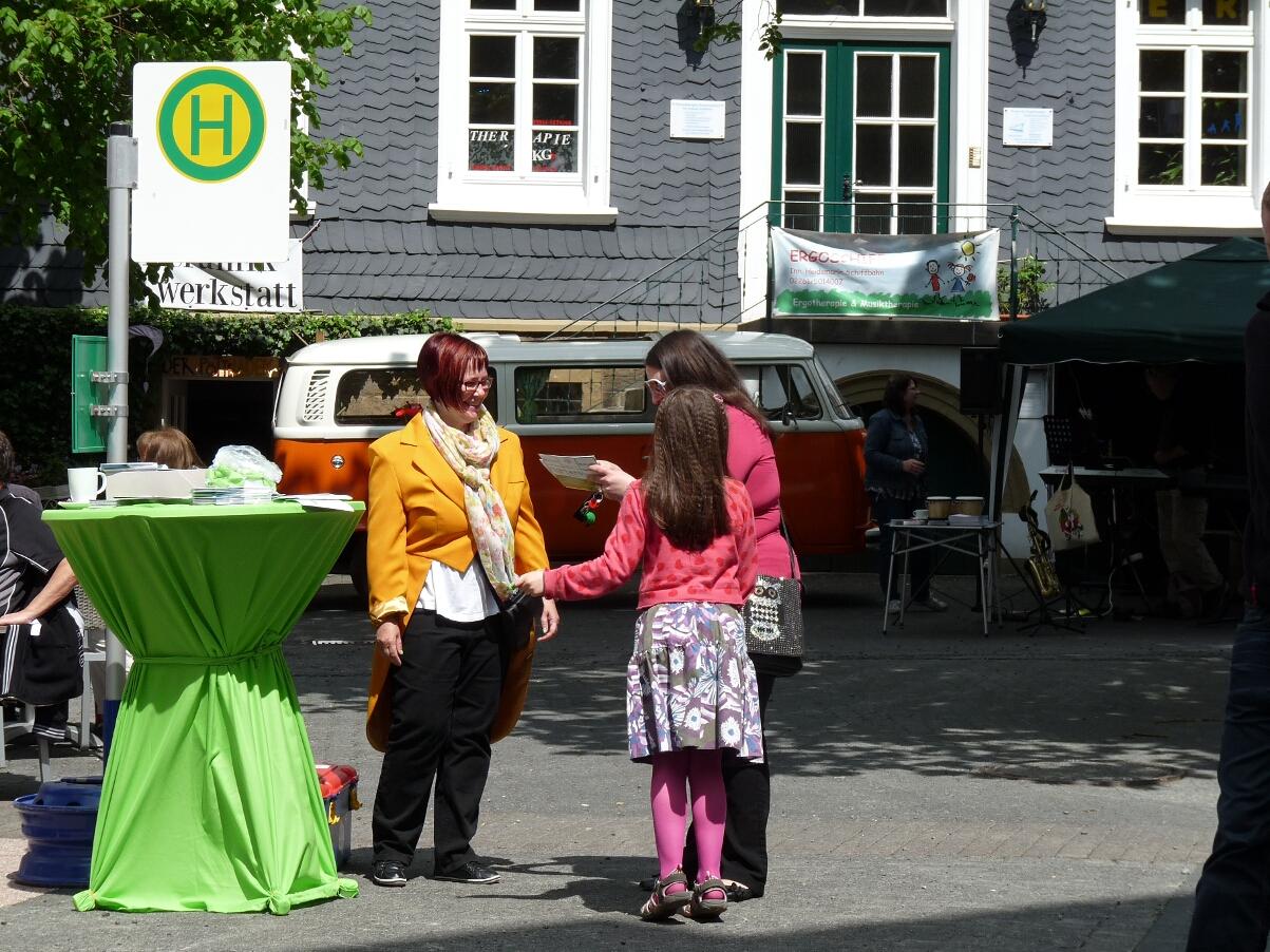 Frühling in Gummersbach - Haltestelle Frühlingsexpress