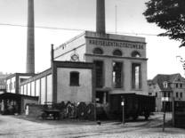 Das 1907/8 errichtete Kreis- elektrizitätswerk in Dieringhausen (um 1920)