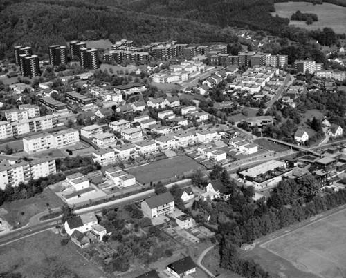 """Nach dem Konzept der """"Satellitenstadt"""" entstand neben den alten """"Dörfern"""" Kleinen- und Großenbernberg ein Stadtteil mit ganz neuem Gesicht."""